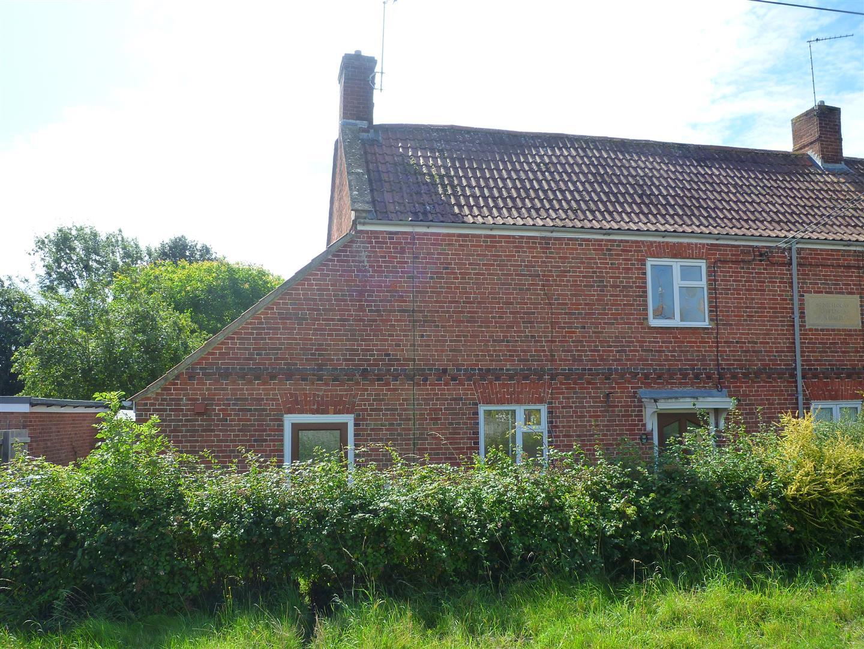 1 Bedroom Property for sale in North Bradley, Trowbridge